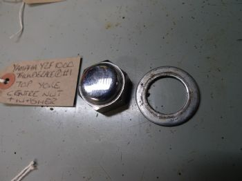 YAMAHA YZF1000 THUNDERACE  TOP YOKE CENTRE NUT & WASHER #1  (67-B)